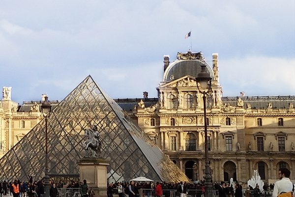観光大国フランスを満喫するなら断然ビジネスクラス!
