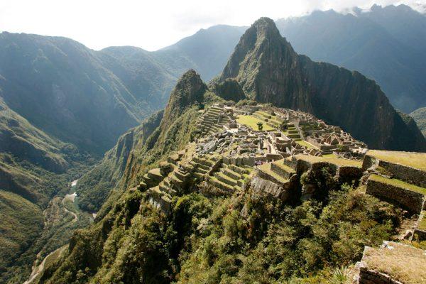 南米独特の歴史や世界遺産を体感