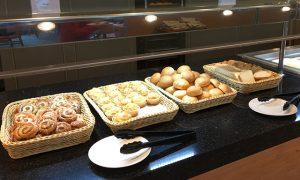 一般的な洋食の朝食