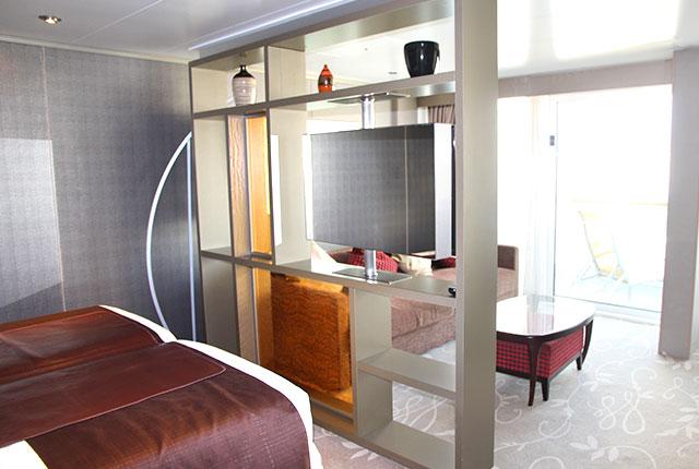 10_suite01
