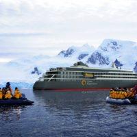 最新鋭船【ワールド・エクスプローラー】エミレーツ航空ビジネスクラス利用 南極への旅 14日間~添乗員付きツアーを設定しました!(2019年1月20日発)