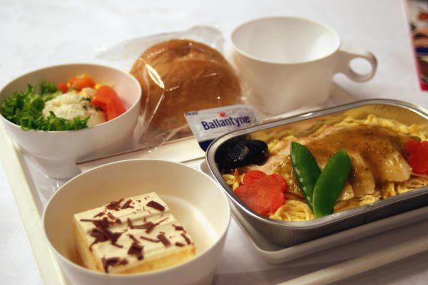 エアロメヒコ航空・エコノミークラス機内食