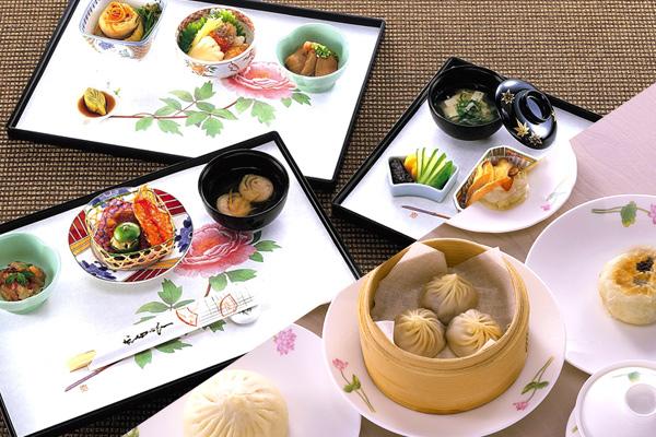 機内食は台湾の名店「鼎泰豐(ディンタイフォン)」の小籠包