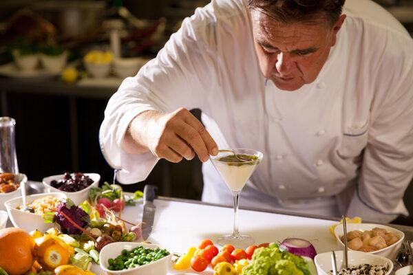 洗練されたシェフの技と最高の食材が融合した唯一無二の食体験