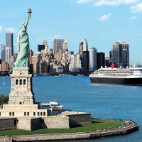 クイーン・メリー2が装い新たにニューヨークにお目見え