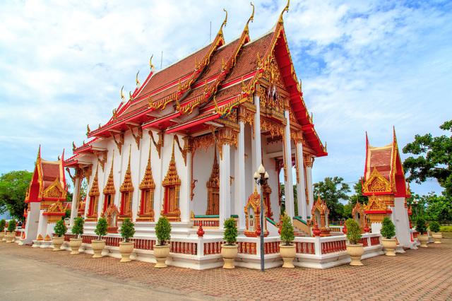ワット・シャロン寺院