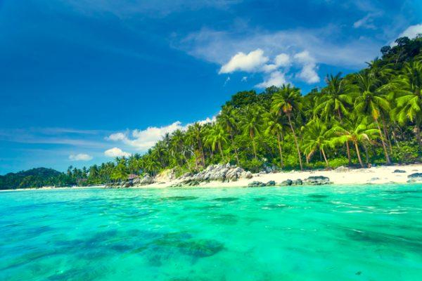 とことん海を楽しめる自然景観