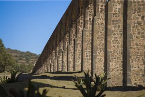 パドレ・テンブレケ水道橋の水利システム